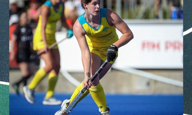 HOCKEYROOS SNATCH 2-1 WON VS USA